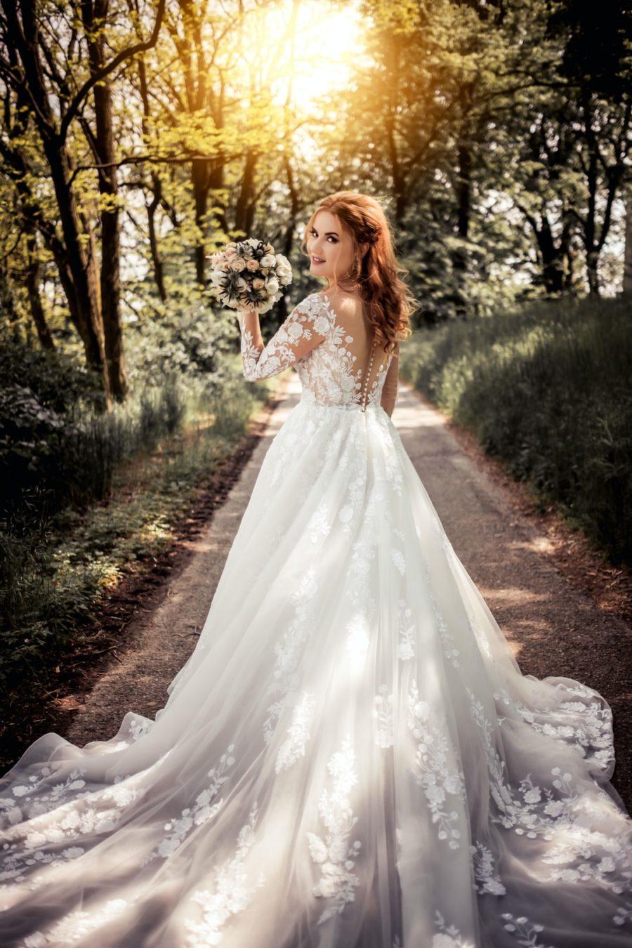 robe mariée blanche histoire